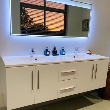 DV-Bathroom01